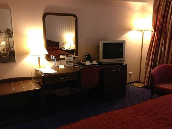Angelo Airporthotel Bucharest: Room 2