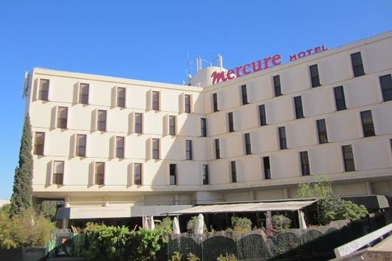 Mercure Montpellier Centre Comédie : hotel from the outside