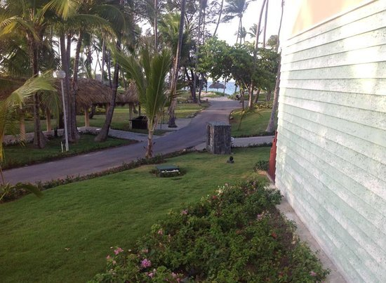 Grand Palladium Bavaro Suites Resort & Spa: from front of our building