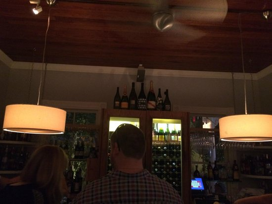 Nine One Five: Bar Area