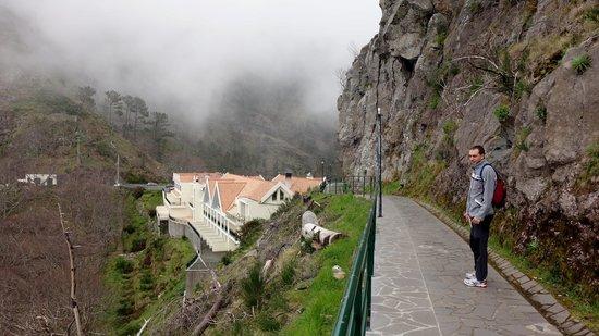 Eira do Serrado Hotel & SPA: estalagem vu du point de vue à proximité
