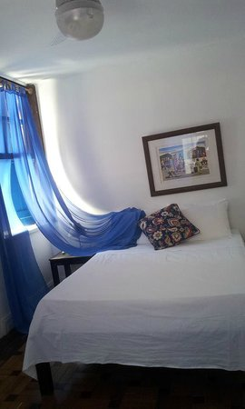 Pousada Estrela do Mar: Todo impecable y con mini bar. Hermoso y amplio baño.