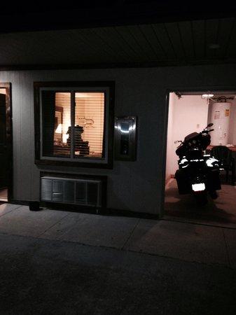 Two Wheel Inn : Gemma gets a room tonight to ;)
