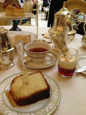 Afternoon Tea : Fancy and glamour
