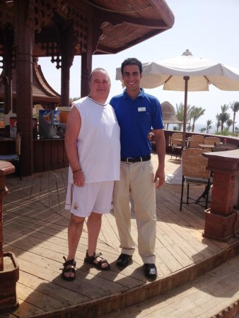 Parrotel Beach Resort : Mohammed from pool bar