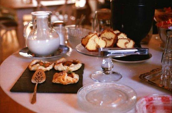 Salt House Inn: breakfast