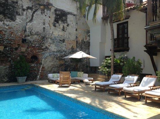 El Marques Hotel Boutique: Pool, El Marques