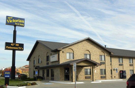 New Victorian Inn & Suites - Kearney: Exterior