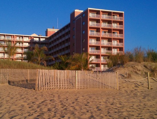 Holiday Inn Ocean City: Taken in front of the ocean facing the back of the hotel