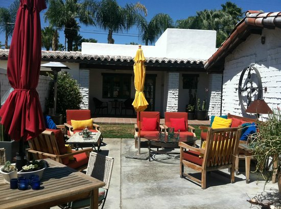 Casa Ocotillo: outdoor patio lounge