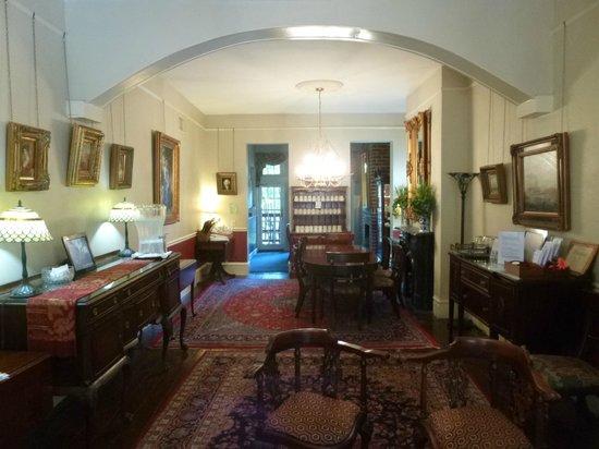 Savannah Bed & Breakfast Inn : Breakfast Area