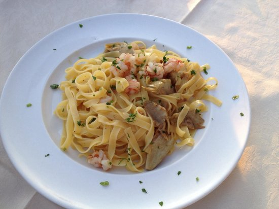 al storico da Crea: Tagliolini with prawns and artichokes