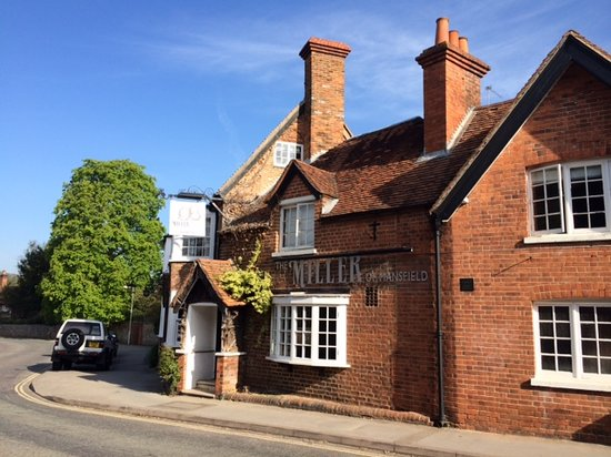 Miller of Mansfield: Sunny day in Goring High Street
