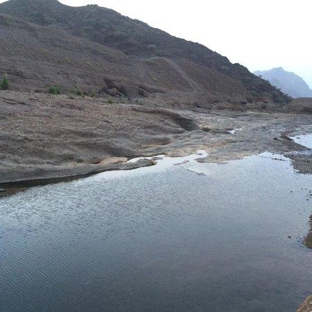 Hatta Rock Pools: Nice clean water