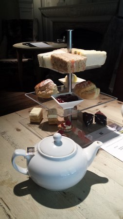 Milsoms Kesgrave Hall: Delicious afternoon tea
