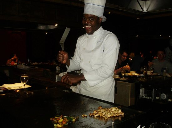 Iberostar Grand Hotel Rose Hall: Hillarious chef at the Samaria Room