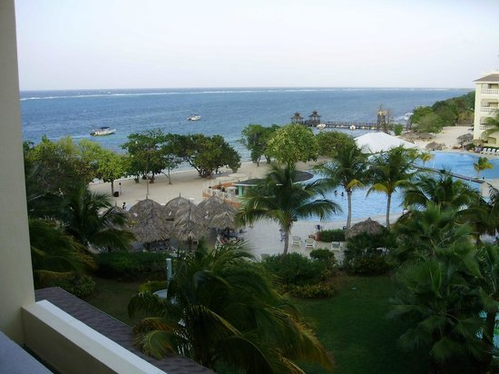 Iberostar Grand Hotel Rose Hall: View from our room....... Frickin awesome