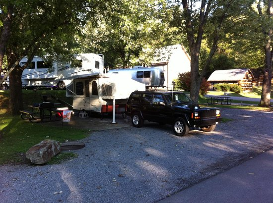 Riveredge RV Park: The only  place to stay !!