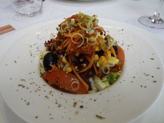 L'Atelier: salad starter
