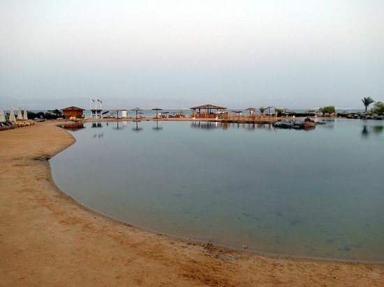 Miramar Resort Taba Heights : Лагуна с морской водой