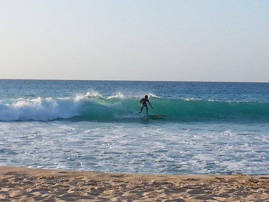 Galley Bay Resort : Surfs up!