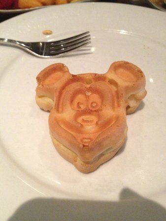 Disney's Polynesian Village Resort : Mickey Waffle