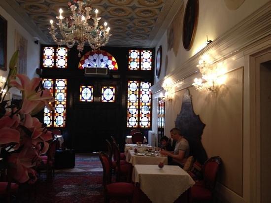 Hotel Palazzo Abadessa: watergate