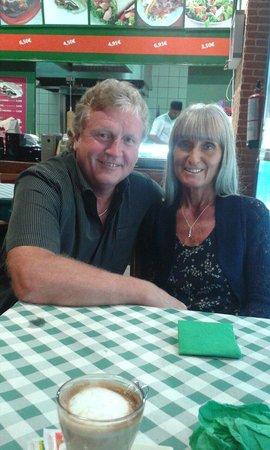 Restaurante Shivam Indian: At Shivam Indian Restaurant in Costa Caleta, Fuerteventura. Full and happy