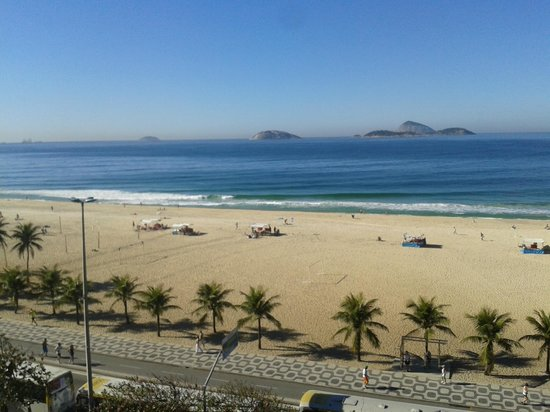 Praia Ipanema Hotel: vista da praia de ipanema da sacada do apto
