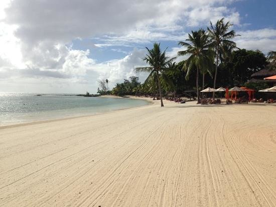 Constance Prince Maurice : beach from boat house