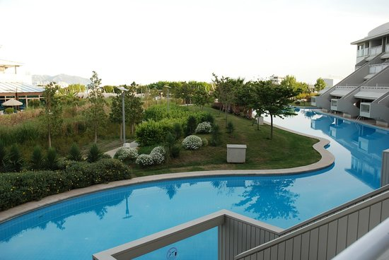 Hilton Dalaman Sarigerme Resort & Spa: Deluxe double ground floor, overlooking Turkish baths