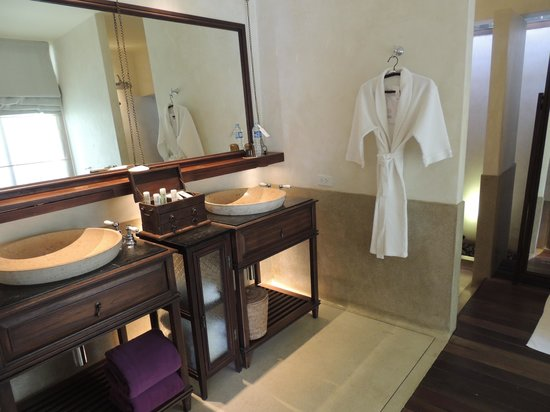 Le Meridien Koh Samui Resort & Spa: FABULOUS BATHROOM