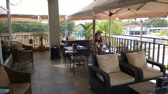 Cafe Coronado: Nice Outdoor Seating