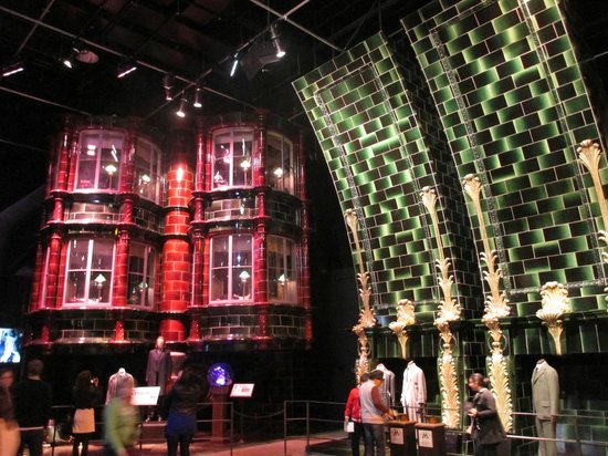 Warner Bros. Studio Tour London - The Making of Harry Potter: In the Ministry of Magic (very much like the London Underground)