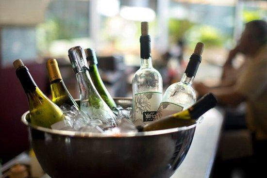 Agadir Bar Burger : Fine Wine selection
