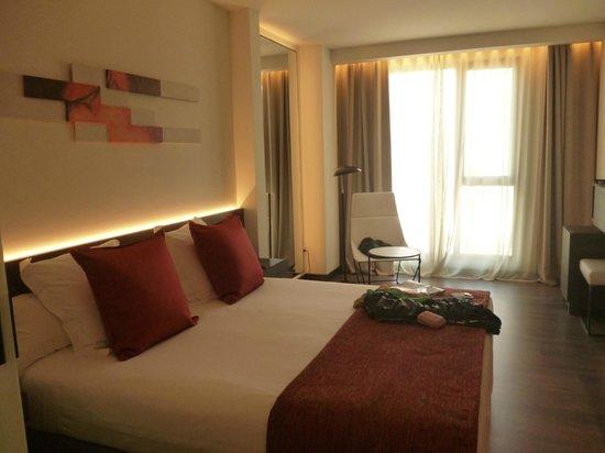 Hotel Olivia Balmes: Letto