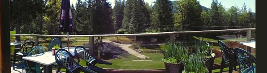 Back Nine Bistro: Panoramic View from the Deck