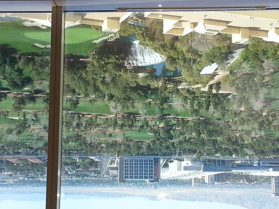 Wynn Las Vegas Casino: Beautiful view of the golf course