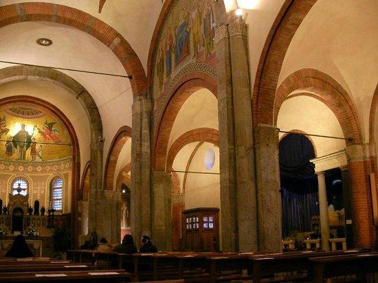 Chiesa di San Babila : interior da chiesa de san babila