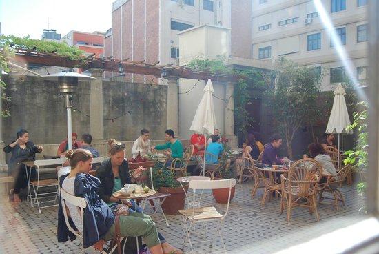 Casa Gracia: terrazzo a colazione