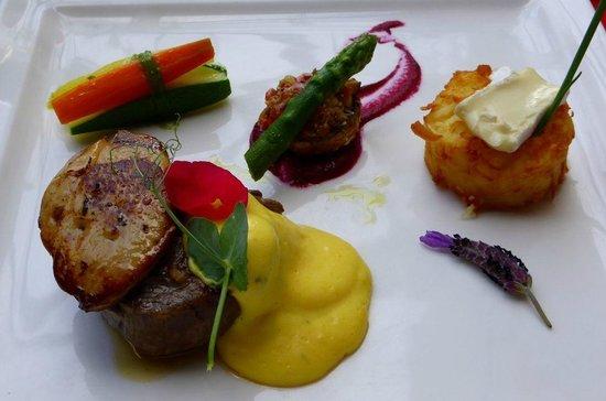 Restaurante Mozart: Steak mit Gänseleber
