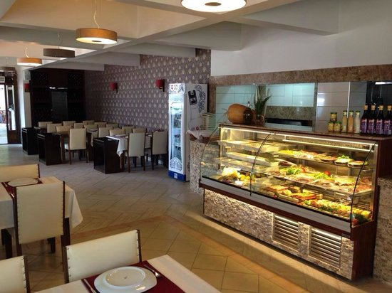 Agora Restaurant Salon