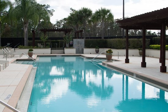 Damai Resort: Pool
