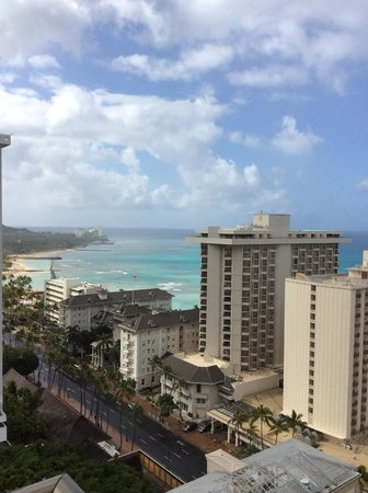 Holiday Inn Resort Waikiki Beachcomber: View from 22nd level