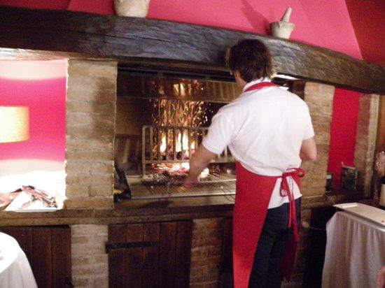Ristorante Coccorone: Cooking the Chianina steak
