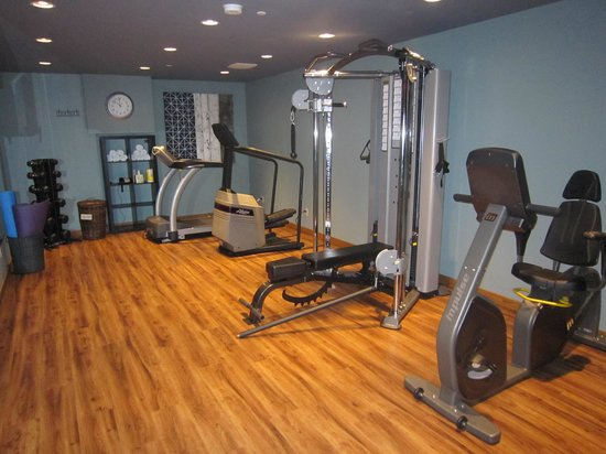 Best Western Plus Coquitlam Inn Convention Centre: nice fitness centre