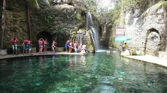 Xcaret Eco Theme Park: Comenzando el snorkel por las cuevas