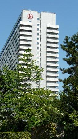 Sheraton Muenchen Arabellapark Hotel: Faixada do hotel