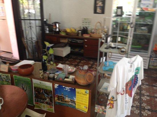 Savia Vegana: The restaurant cashier desk