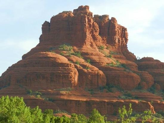 Canyon Villa Bed and Breakfast Inn of Sedona: view of Bell Rock from our room